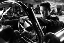 Frank Millerin Sin City: A Dame to Kill For